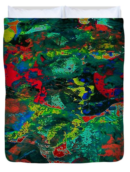 Duvet Cover featuring the painting Tide Pool by Jacqueline McReynolds