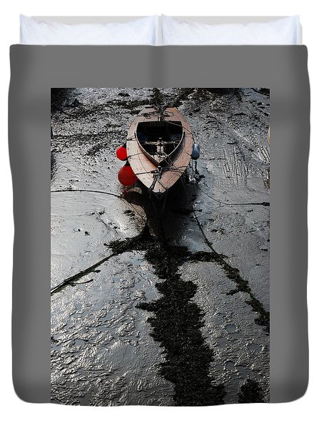 Duvet Cover featuring the photograph Tide's Out 1 by Wendy Wilton
