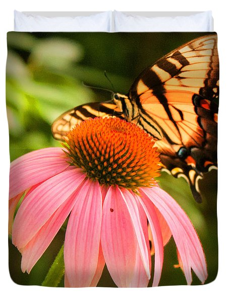 Tiger Swallowtail Feeding Duvet Cover