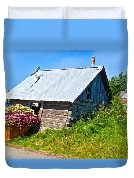 Tilted Shed In Old Town Kenai-ak Duvet Cover by Ruth Hager