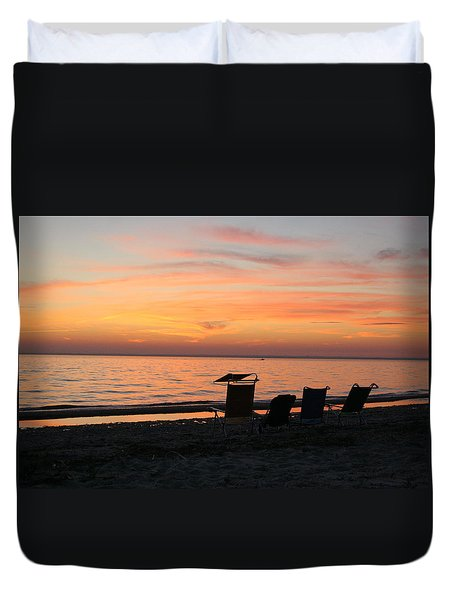 Duvet Cover featuring the photograph Time To Reflect by Karen Silvestri