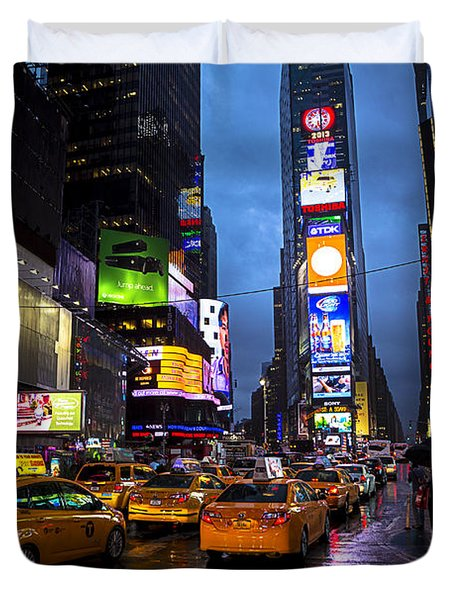 Times Square In The Rain Duvet Cover