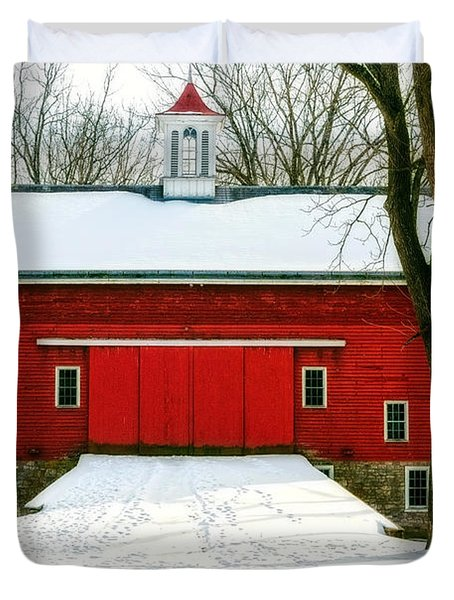 Tinicum Barn In Winter II Duvet Cover