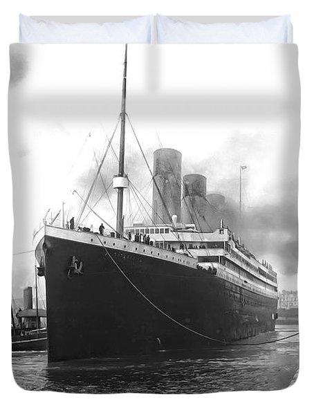 Titanic In Southampton Harbor Photograph By Daniel Hagerman