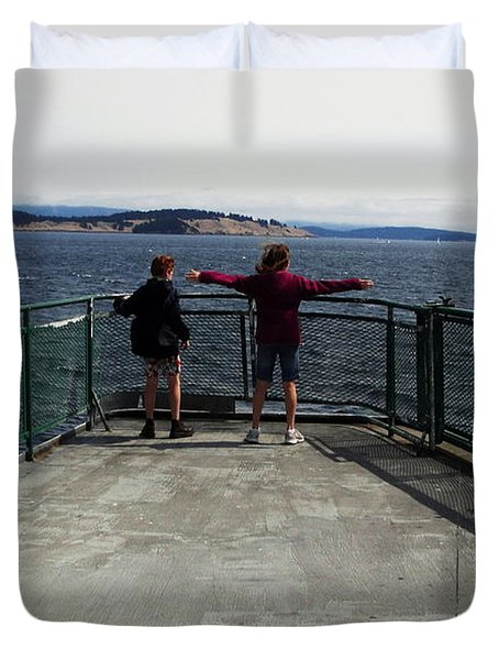 Titanic Influence Duvet Cover