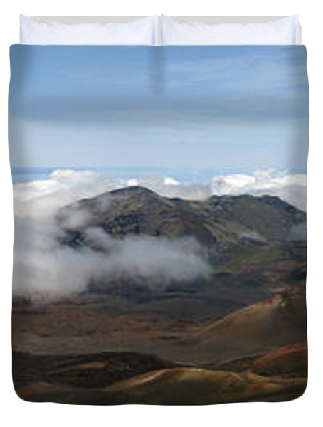 Top Of The World Duvet Cover by Bob Slitzan