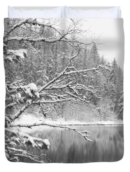 Touch Of Winter Duvet Cover