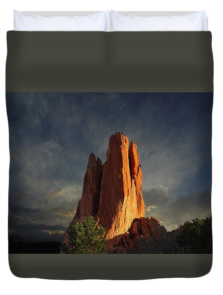 Tower Of Babel At Sunset Duvet Cover by John Hoffman