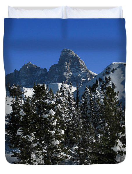 Duvet Cover featuring the photograph Towering Above Lies The Grand by Raymond Salani III
