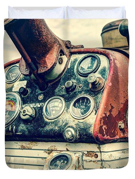 Tractor Dash - Farmall 560 Diesel Duvet Cover by Gary Heller