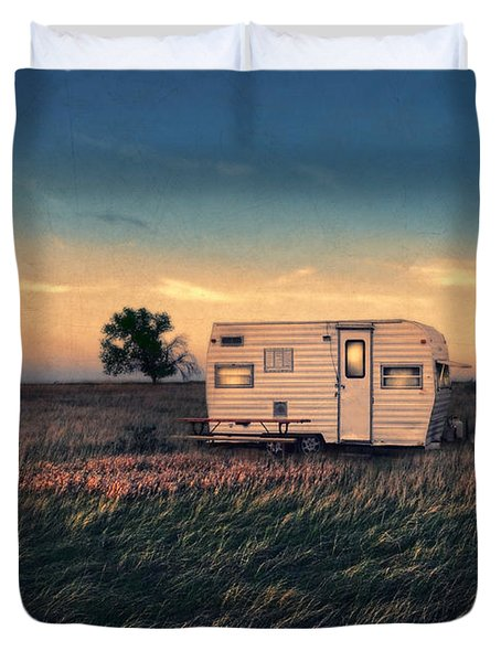 Trailer At Dusk Duvet Cover