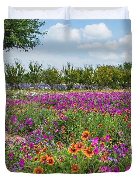 Trailing Beauty Duvet Cover