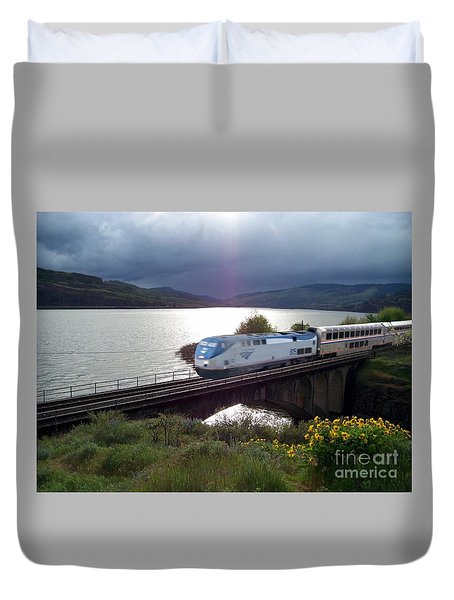Traveling Through The Gorge Duvet Cover
