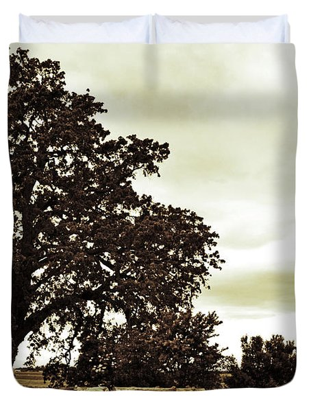 Tree At End Of Runway Duvet Cover