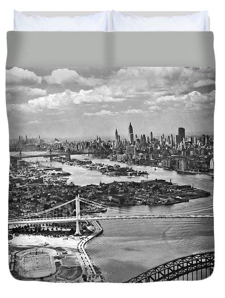 Triborough Bridge Is Completed Duvet Cover by Underwood Archives