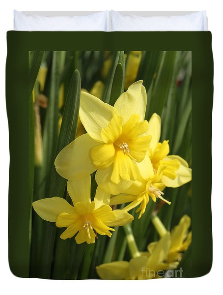 Tripartite Daffodil Duvet Cover