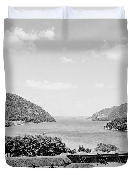 Trophy Point North Fro West Point In Black And White Duvet Cover