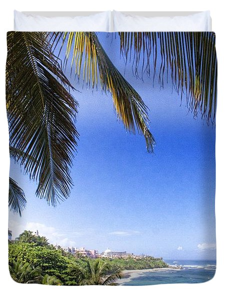 Duvet Cover featuring the photograph Tropical Holiday by Daniel Sheldon