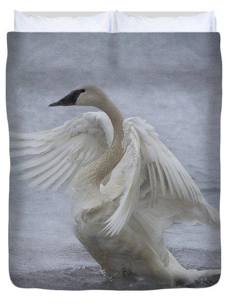 Trumpeter Swan - Misty Display Duvet Cover