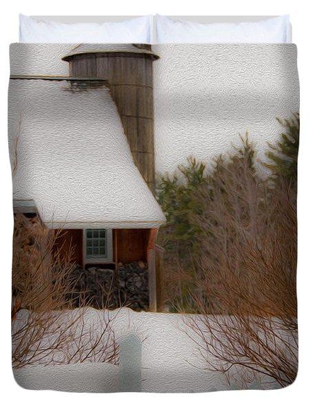 Tuftonboro Barn In Winter Duvet Cover
