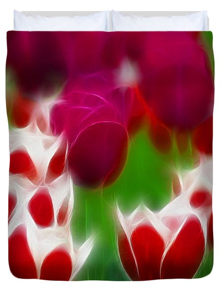 Tulips-6848-fractal Duvet Cover by Gary Gingrich Galleries