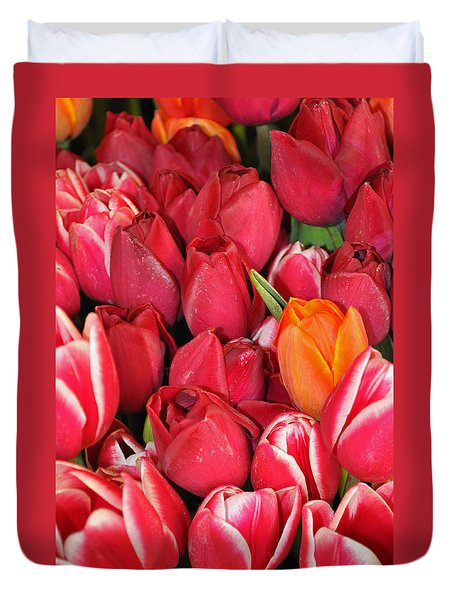 Tulips In Pike Place Market Duvet Cover