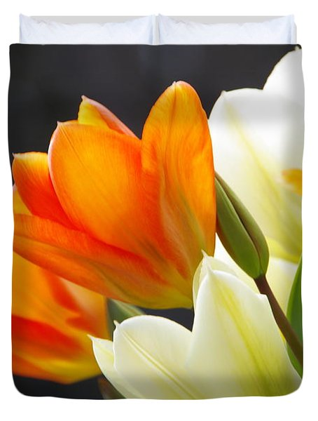 Duvet Cover featuring the photograph Tulips by Marilyn Wilson