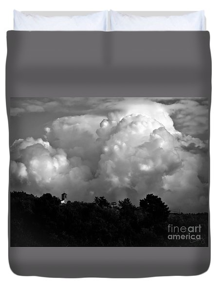 Tuscan Storm Rising From The Valley Duvet Cover