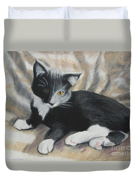 Duvet Cover featuring the painting Tuxedo Kitten by Jeanne Fischer