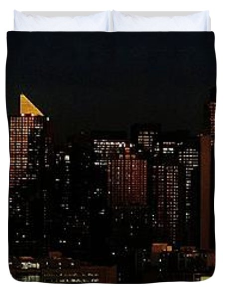 Duvet Cover featuring the photograph Twilight Reflections On New York City by Lilliana Mendez