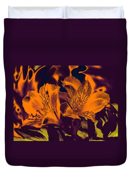 Two Lilies Gradient Ink Outline Duvet Cover