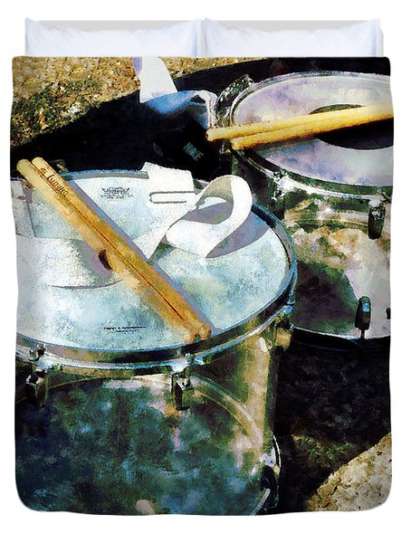 Two Snare Drums Duvet Cover by Susan Savad