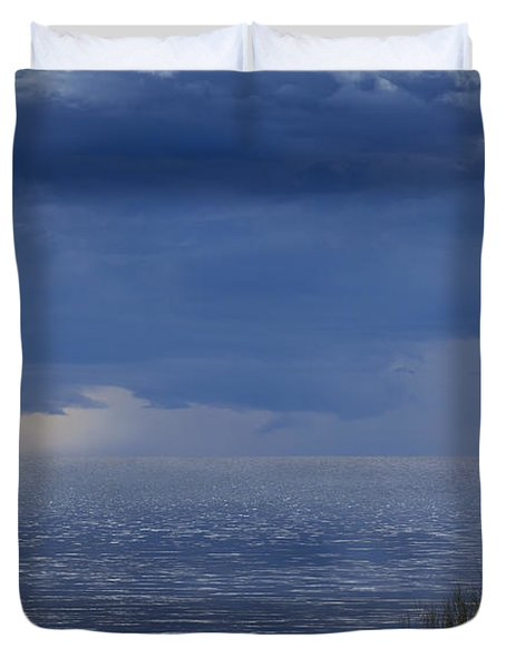 Twisting Water Duvet Cover