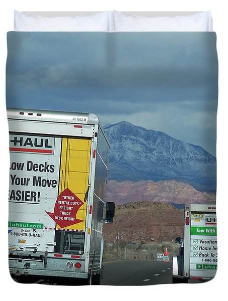 Uhaul On The Move Duvet Cover by Tikvah's Hope