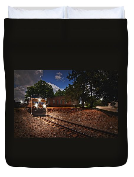 Union Pacific 7917 Train Duvet Cover by Linda Unger