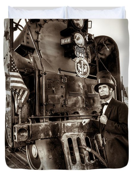 Duvet Cover featuring the photograph Union Pacific 844 by Tim Stanley