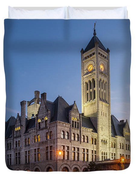 Duvet Cover featuring the photograph Union Station  by Brian Jannsen