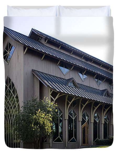 Duvet Cover featuring the photograph University Of Florida Chapel On Lake Alice by Lynn Palmer