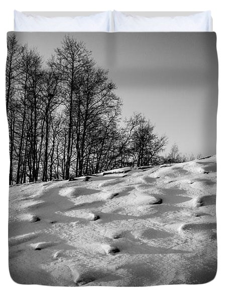 Up To The Hill Bw Duvet Cover