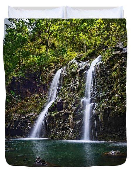 Upper Waikani Falls - The Stunningly Beautiful Three Bears Found In Maui. Duvet Cover