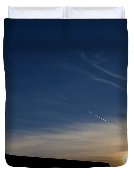 Duvet Cover featuring the photograph Urban Sunset  by Lyle Crump