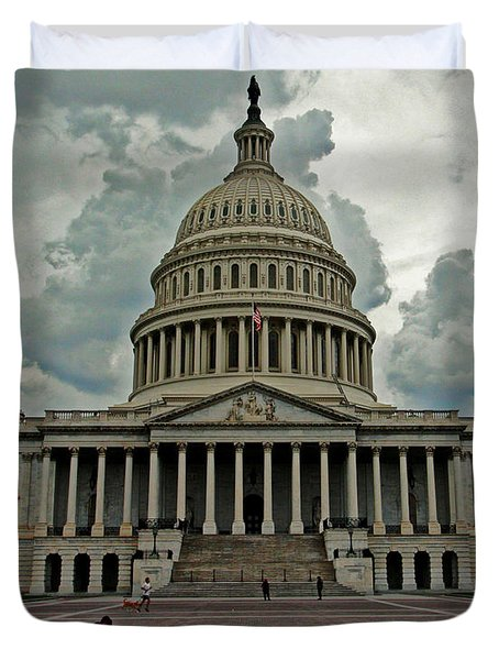 Duvet Cover featuring the photograph U.s. Capitol Building by Suzanne Stout