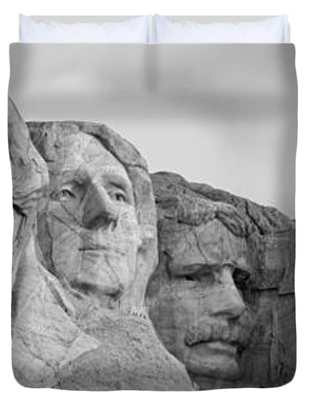 Usa, South Dakota, Mount Rushmore, Low Duvet Cover by Panoramic Images