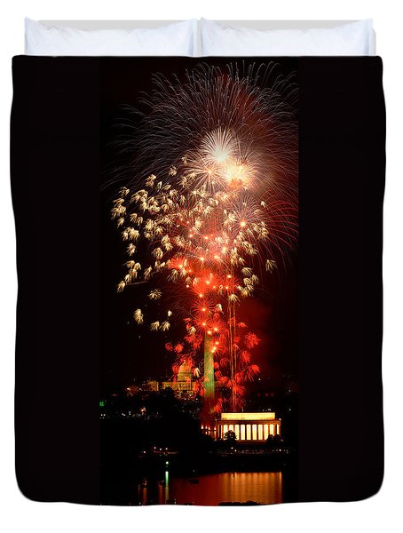 Usa, Washington Dc, Fireworks Duvet Cover by Panoramic Images