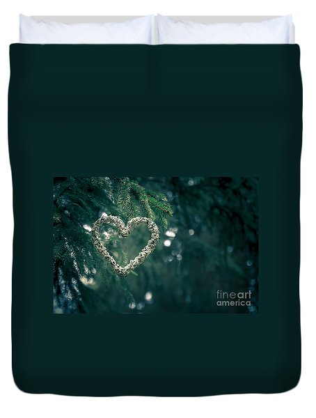Valentine's Day In Nature Duvet Cover by Andreas Levi