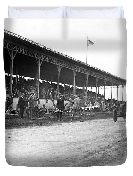 Vanderbilt Cup, 1910 Duvet Cover