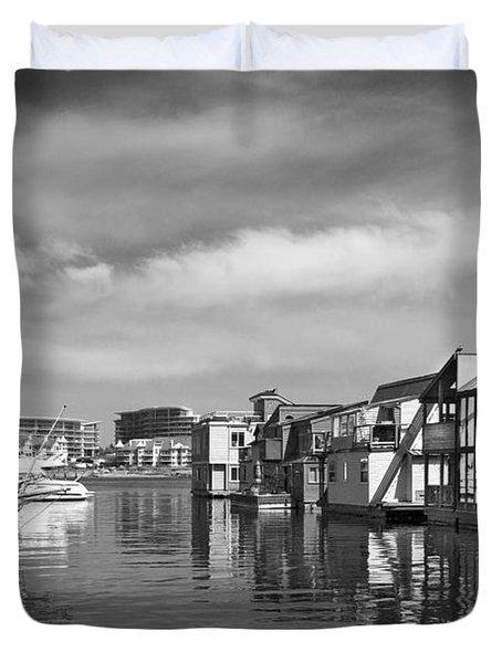 Veiw Of Marina In Victoria British Columbia Black And White Duvet Cover