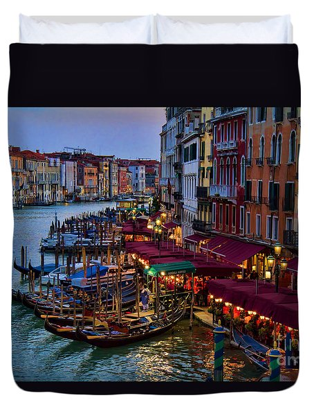 Venetian Grand Canal At Dusk Duvet Cover