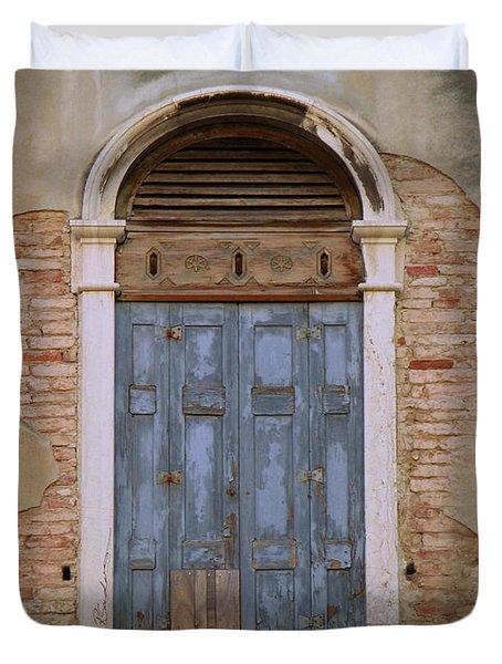 Venice Arched Bblue Shutters Horizontal Duvet Cover