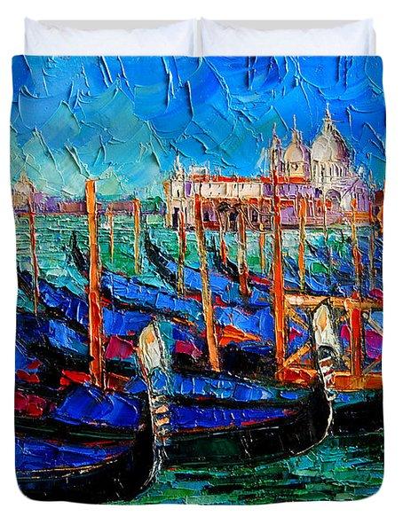 Venice - Gondolas - Santa Maria Della Salute Duvet Cover